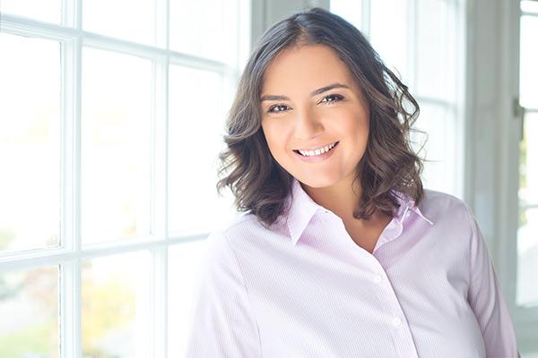 Dr. Samia Little Elk - Fachärztin Psychosomatik
